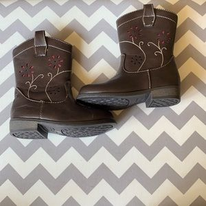 Okie Dokie zip up boots. Size 7